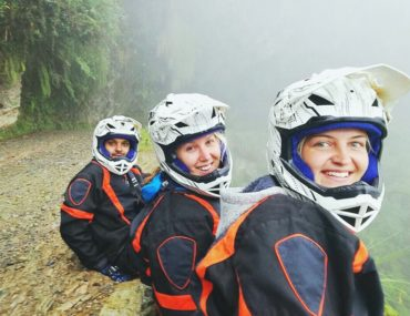 Death Road Bolivia friends