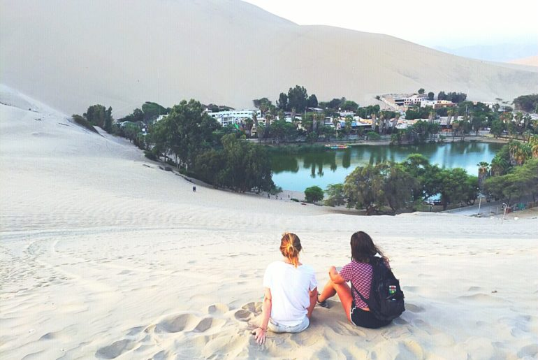 Sandboarding Peru - Watching sunset