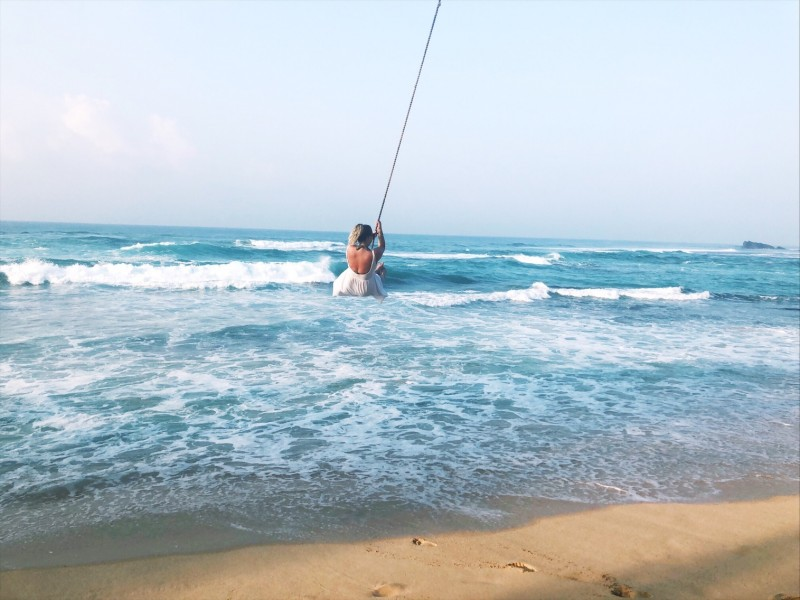 Things to do in Unawatuna - palm tree swing